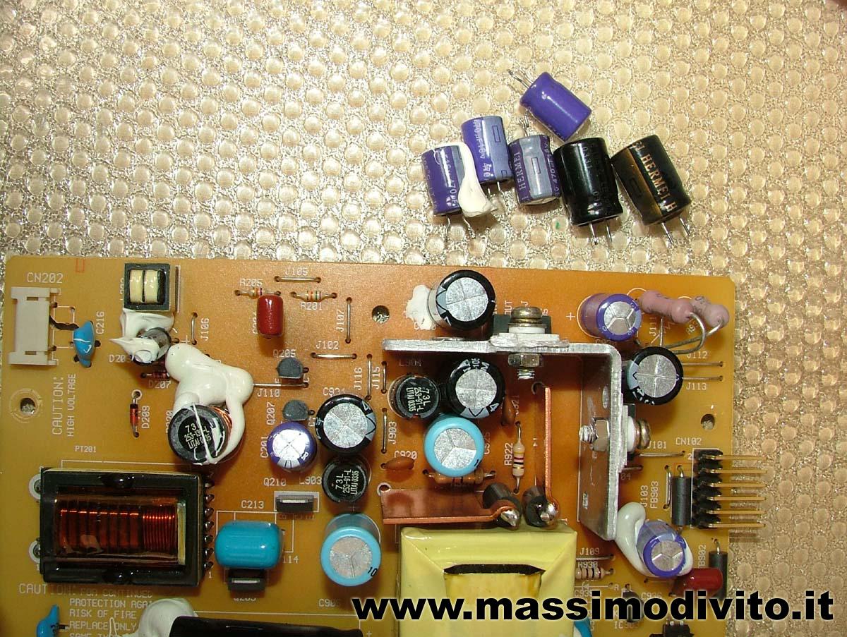 Scheda HP1502 con i condensatori nuovi